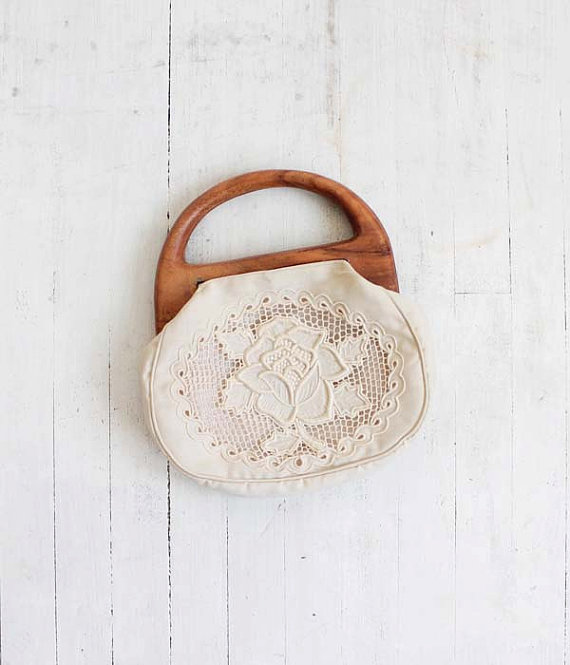 Vintage 70s Ivory Cotton Cut Out Lace Purse with by vauxvintage