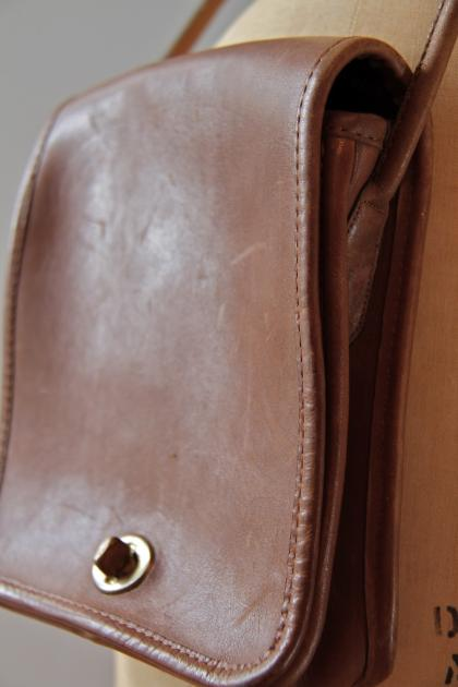 Authentic Leather Coach Field Bag Design | Furniture, Architecture, Gadget, Industrial Design - Syahdiar Daily Picks Design