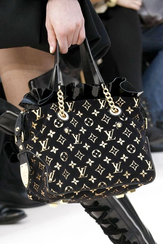Louis Vuitton | ~♡Handbag heaven♡~