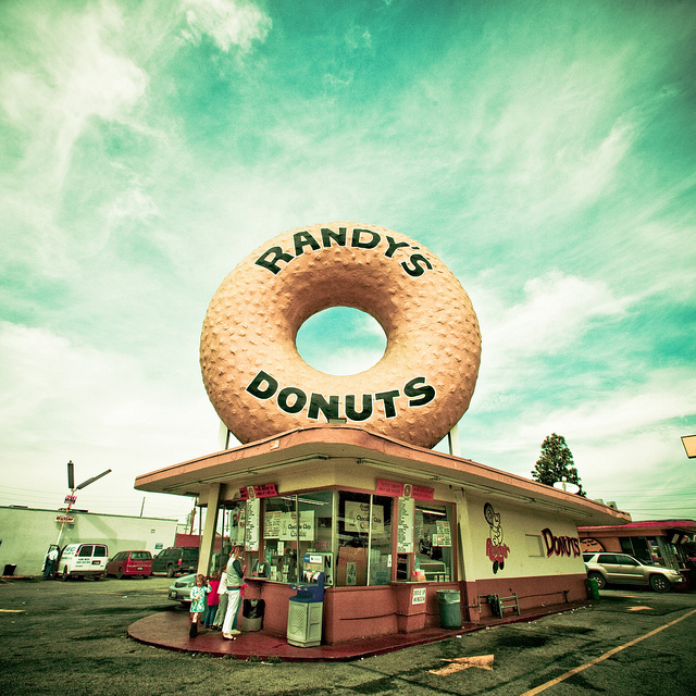 Randy's Donuts, Plate 4 | Flickr - Photo Sharing!