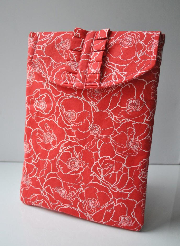 Red Poppies Padded Ipad 2 Pouch With Ruffe | Luulla