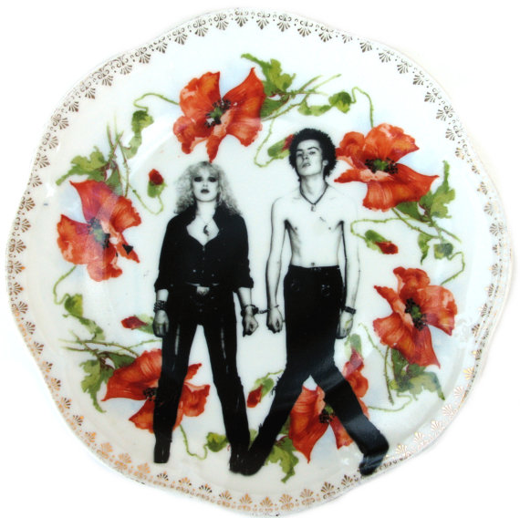 Sid and Nancy Portrait Plate Altered Vintage by BeatUpCreations