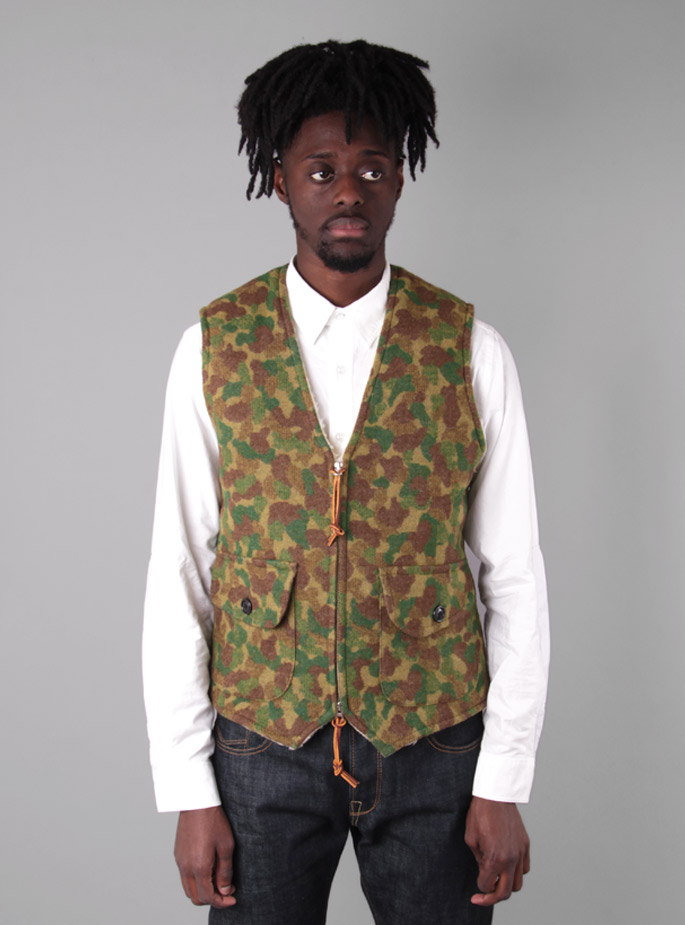 Couverture and The Garbstore - Mens - Meg Company & Monitaly - Sherpa Lined Zip Vest