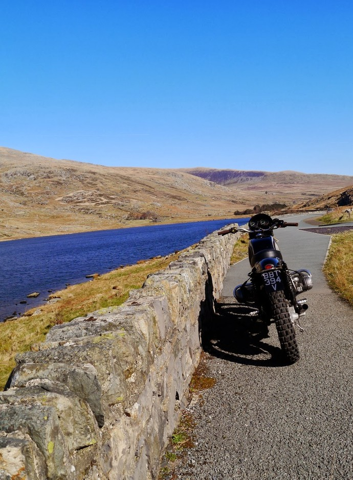 BUBBLE VISOR: the Ernst Ferbler dirty roader takes to the Hills, 110 miles no explosions Postvak IN x