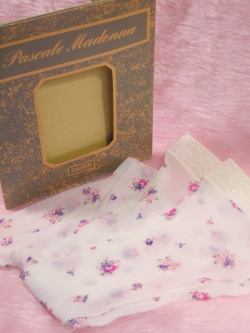 """1980's """"Pascale Madonna"""" PETIT FLOWER Knee High Stockings Accessories"""