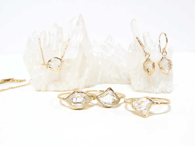 """in her » K10 Herkimer diamond """"Wrapping""""(2012)"""