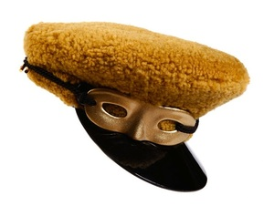 Louis Vuitton Fall 2011 Hat With Eye Mask - Celebrities who use a Louis Vuitton Fall 2011 Hat With Eye Mask / Coolspotters