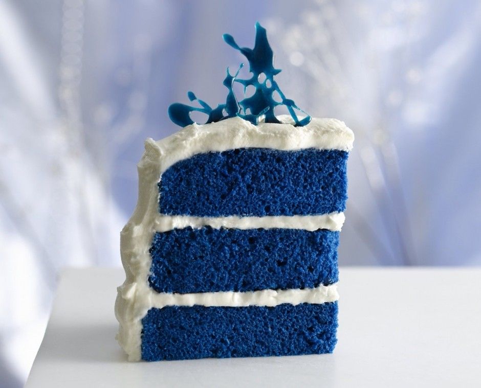 Google 画像検索結果: http://www.wnypapers.com/content/images/entertainment/Blue-cake.jpg