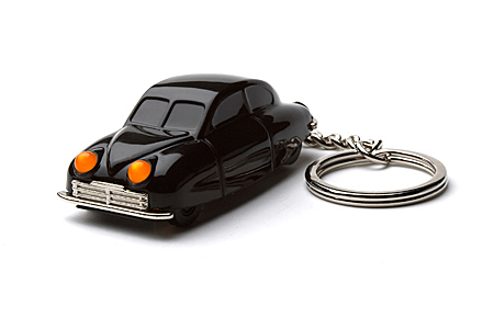 playsam saab concept car keychain sumally. Black Bedroom Furniture Sets. Home Design Ideas