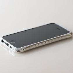 【REAL EDGE】C-2 for iPhone5/silver (シルバー) - 藤巻百貨店