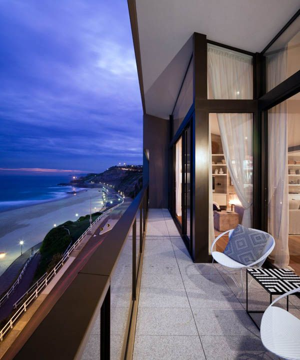 Outdoor Spaces / Australian Ocean Home Penthouse Apartment