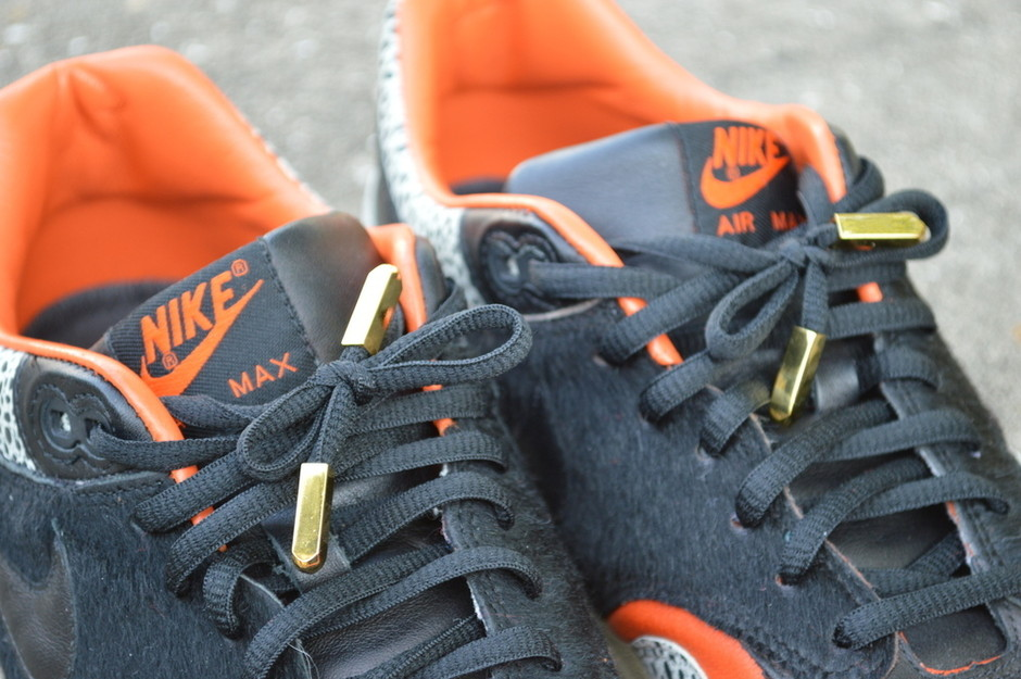 Black Yeezy - Screw-on-tips | Rope Lace Supply