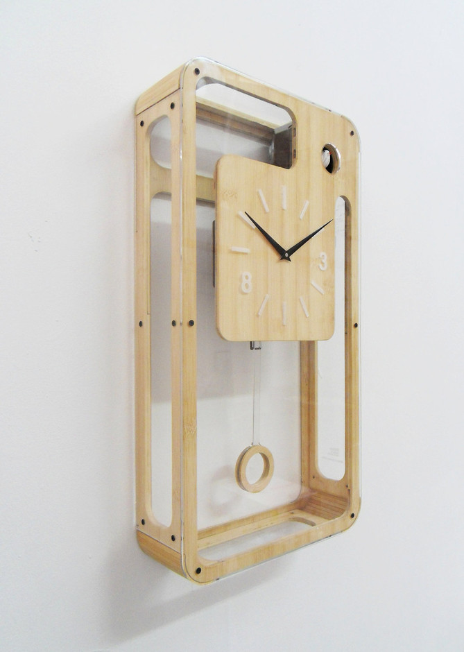 Bamboo Quartz Cuckoo Clock with pendulum and moving by pedromealha