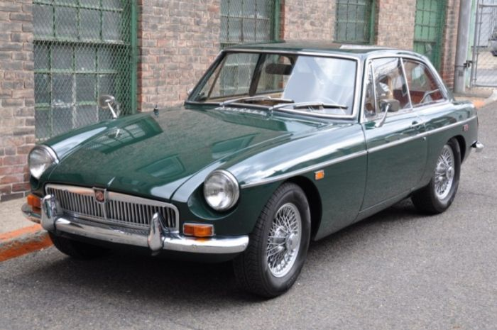 Hemmings Find of the Day – 1969 MG MGB/GT | Hemmings Daily