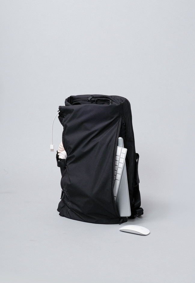 WRAPPING BACKPACK   ONFAdd