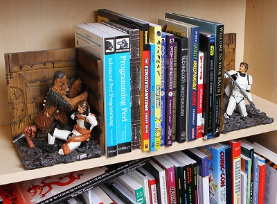 Cool Dude Stuff – Star Wars: Trash Compactor Bookends
