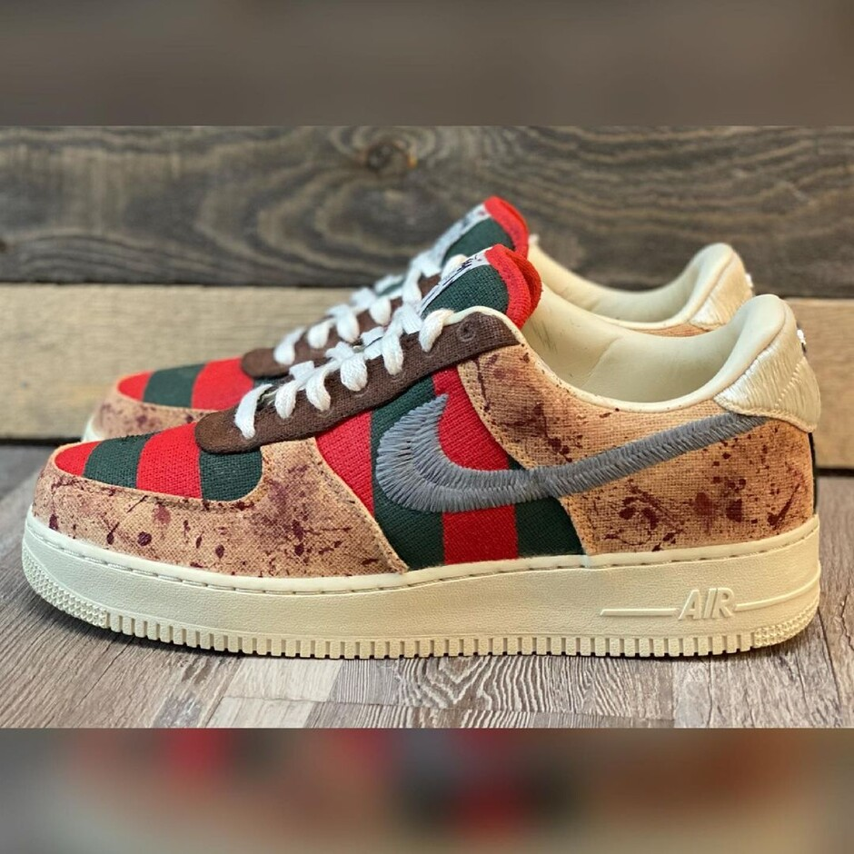 RaevoはInstagramを利用しています:「Freddy Krueger x StussyAF1 x OUTRAEGEOUS!! 🗣GET AT ME FOR ALL YOUR CUSTOM NEEDS The pictures don't do this shoe justice at all.. the…」