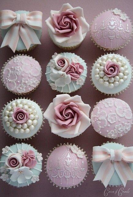 Cupcakes for girls like me - image #1294209 by awesomeguy on Favim.com