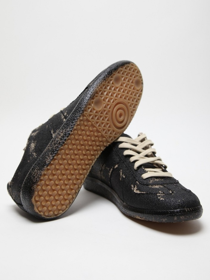 Maison Martin Margiela 22 Men's Artisanal Hand Painted Replica Sneaker at セレクトショップ oki-ni
