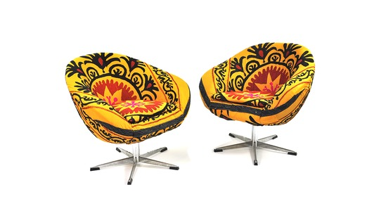 HomeSav - Up to 65% off Found Objects vintage pieces, Set of 2 Mira Suzani Upholstered Chairs