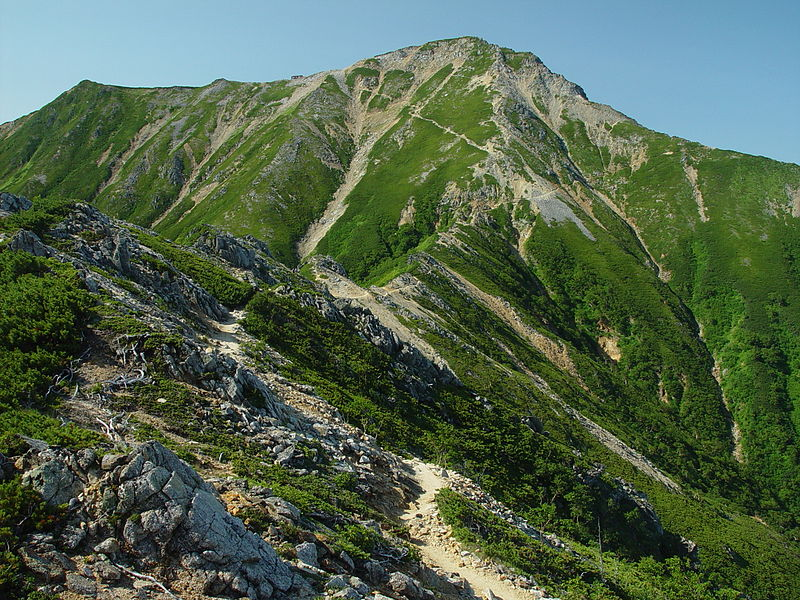 ファイル:Mount Otensho from north 2002-08-22.jpg - Wikipedia