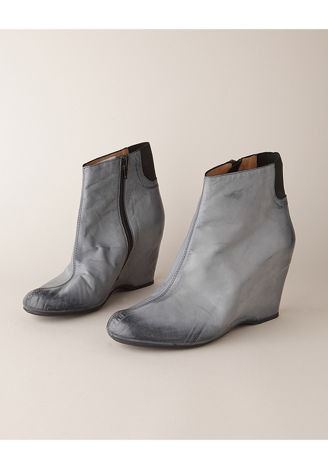 MM6 by Maison Martin Margiela / Brushed-Effect Boot | La Garçonne