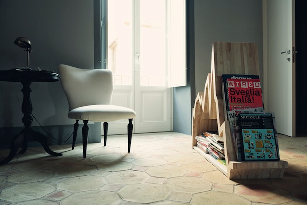 Graph Inspired Spread 10y Wood Magazine Rack | Inthralld