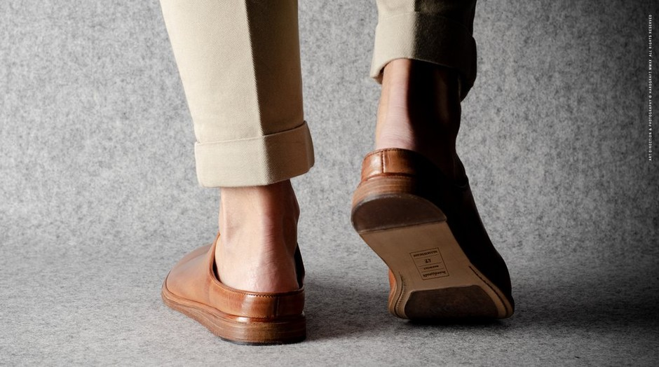 In & Out Slip Ons . Classic Leather – HARDGRAFT