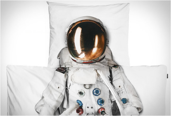 an astronaut in my bed: snurk childrens bedding | Room to Bloom