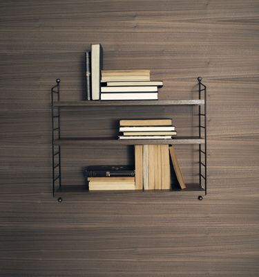 String shelf, design Nils Strinning.