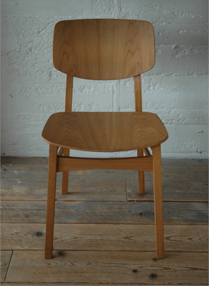 TRUCK|112. TORCH CHAIR / WOOD SEAT