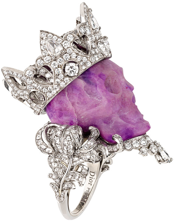 Photo Find of The Day: Christian Dior Diamond Skull Ring | Art Nectar