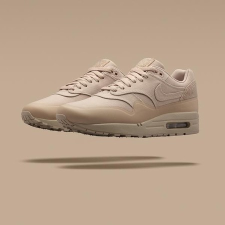 NIKE Lab Air Max 1 Patch