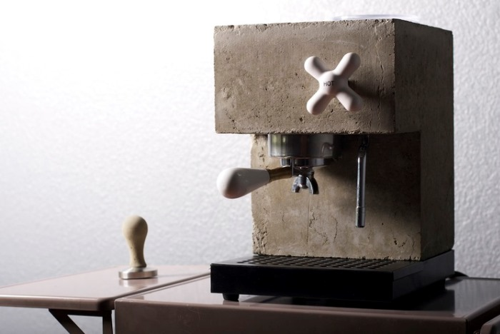 The Espresso Machine Reimagined With an Earthy Design