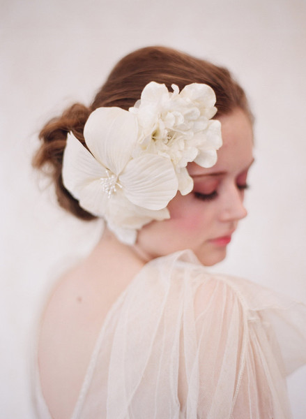 Creamy bouquet - Style #101 (hair adornments, headpieces, silk flowers, twigs & honey, view all)   Headpieces   Twigs & Honey ®, LLC