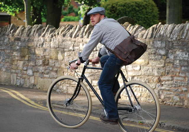 PASHLEY CYCLES Guv'nor single / 3speed