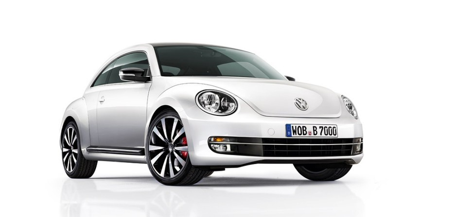 be0931_beetle_3_4front.jpg 960×455 ピクセル