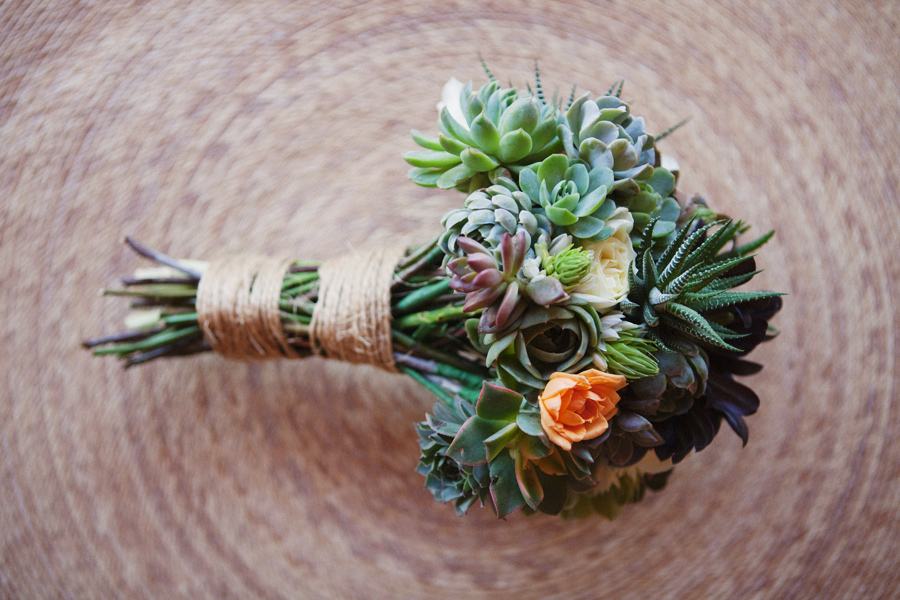 succulent wedding decor | Pretty Chicky Wedding Blog