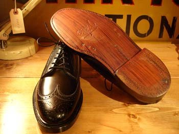 Florsheim - Royal Imperial / Dead Stock Wing-Tip: Retro & Modern Used Clothing - Cosmic Jumper