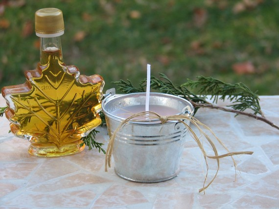 Miniature Vermont Sap Bucket Candle Scented In Vermont Maple Syrup | Luulla