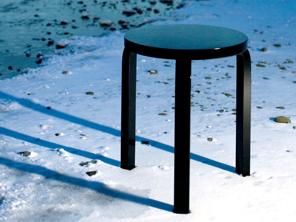 Artek Glossy Black collection (NOTCOT)