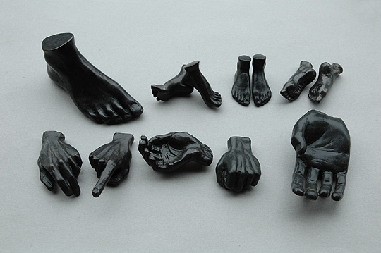 Miniature Feet - Straight (Anne Ricketts) - SOURCE objects