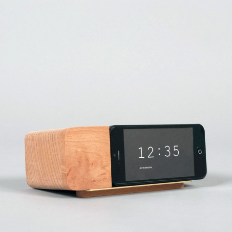 Generate Design: Alarm Dock (アラームドックiPhoneスタンド) : Jonas Damon : Areaware
