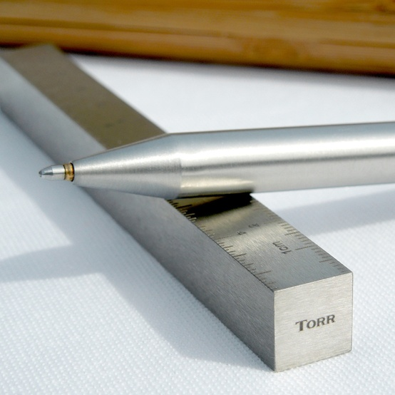 Torr | Steel pens that float on air