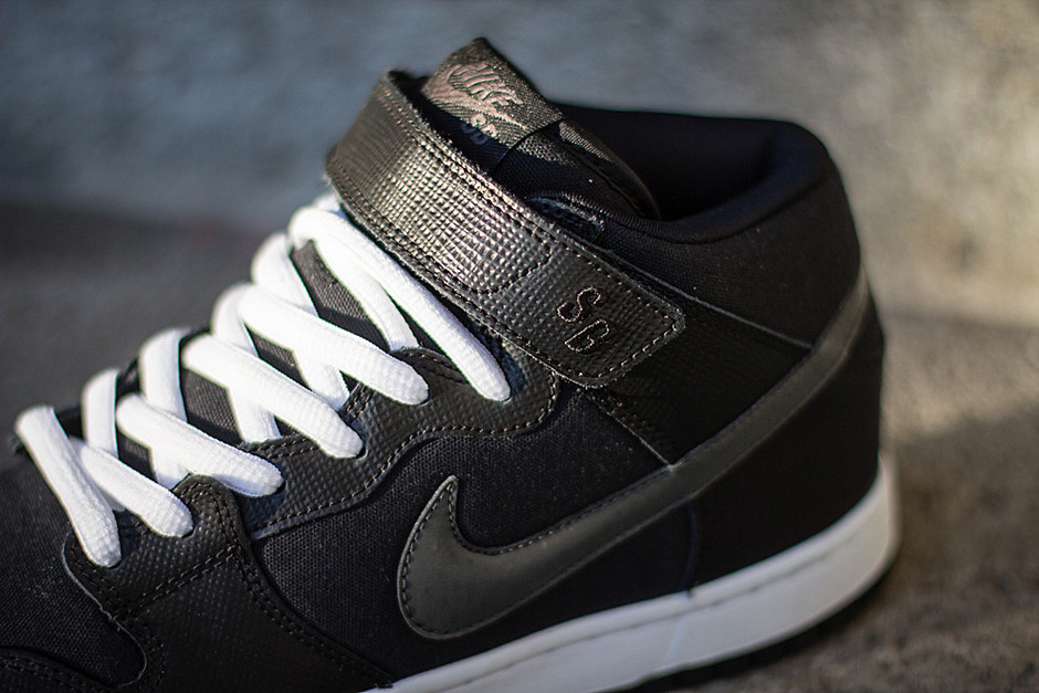 "Nike SB Dunk Mid ""Charred Grey"" (Preview)"