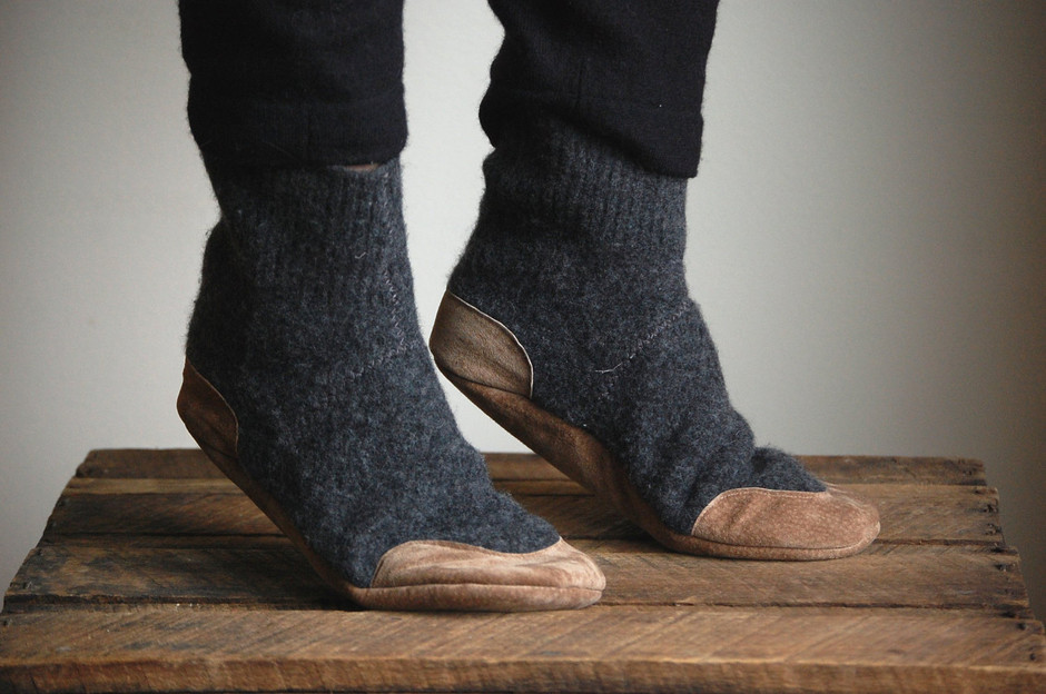 Wool Slippers Eco Friendly Wool & Leather Women sizes by WoolyBaby