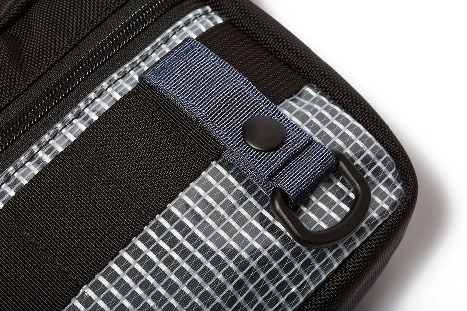 Sling Pouch - Medium - Clear Panel - DSPTCH