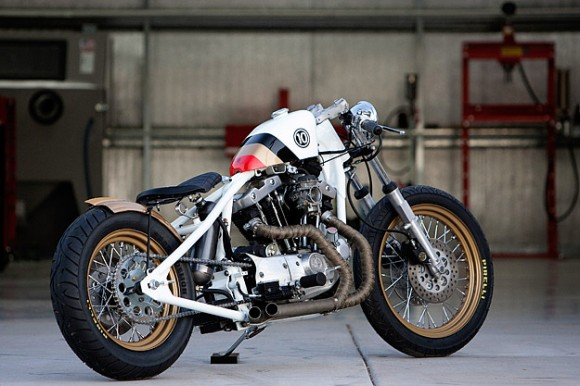 'Look Right' by DP Customs | GBlog