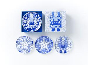 KAWS:HOLIDAY Limited Ceramic Plate Set (Set of 4) - Ding Dong Takuhaibin