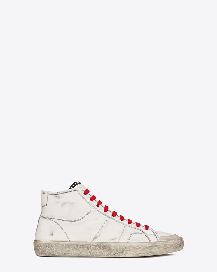 Saint Laurent Signature COURT CLASSIC SURF SL/37M Sneaker In Off White Distressed Leather | YSL.com